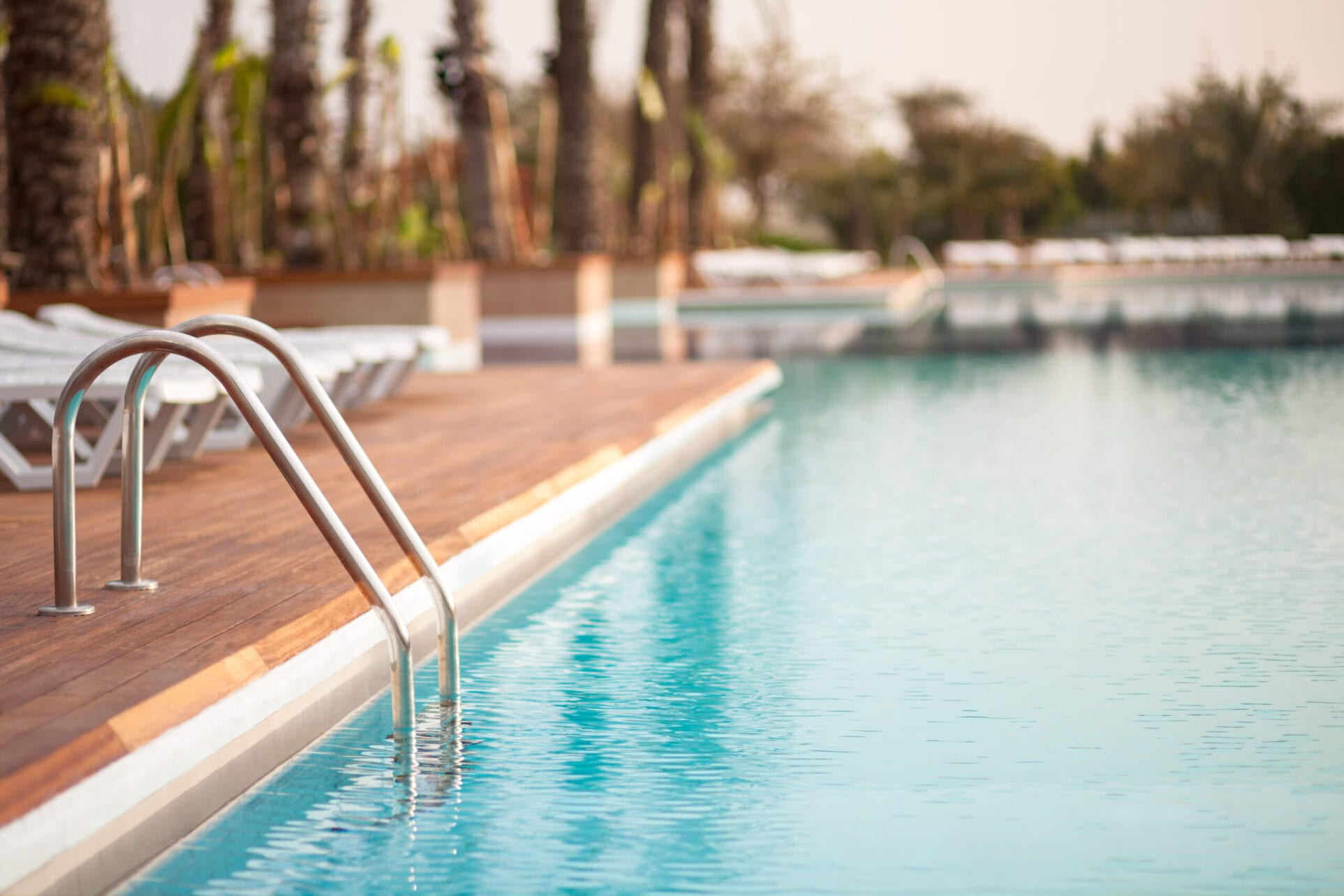 apartments with pools near downtown Indianapolis Indiana
